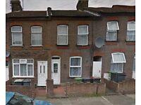 2 bedroom house in Dane Road, Leagrave