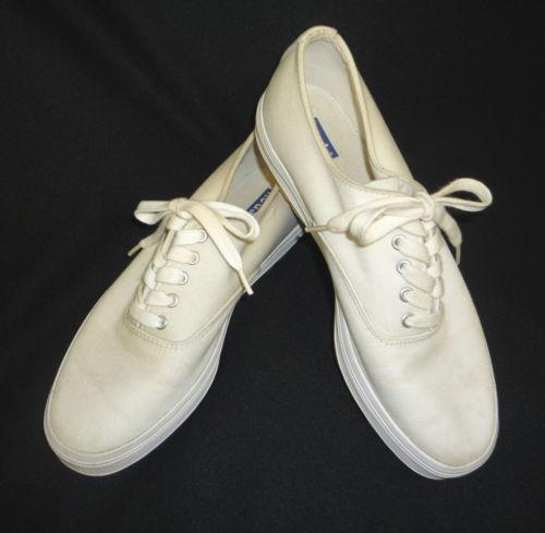 Keds White Canvas Shoes