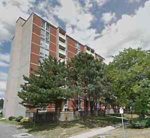 75 Glenburn Court, Stoney Creek, 2 Bed Condo for Lease