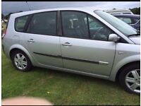 Car for sale this is 7 seater Renualt scenic 1.6 patrol