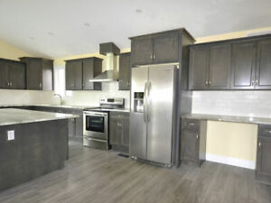 Graphite wood kitchen - Financing available - $58 a month