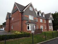 Central Fareham Two Double Bedroom, Unfurnished, First Floor Flat close to Rail Station and Shops