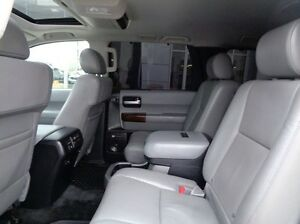 2013 Toyota Sequoia Platinum - 4x4! Sunroof, Navigation, Leather Edmonton Edmonton Area image 9