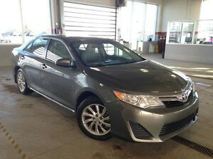 2014 Toyota Camry LE Backup Cam, Sunroof, Bluetooth