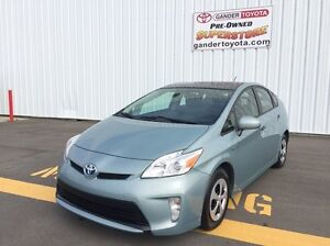 2012 Toyota Prius 5-dr Liftback Moonroof Upgrade Pkg