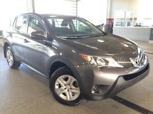 2015 Toyota Rav4 LE All Wheel Drive - Only 58k! - Bluetooth, USB