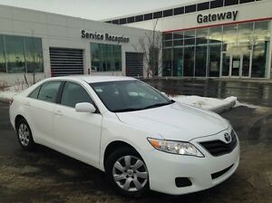 2011 Toyota Camry LE Aux input