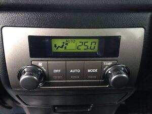 2013 Toyota Highlander Sport Package V6 4dr All-wheel Drive Edmonton Edmonton Area image 15