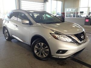 2015 Nissan Murano SV AWD - Only 23K! Heated Wheel/Seats, Nav