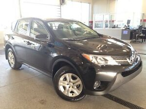 2015 Toyota Rav4 LE 4dr All-wheel Drive - Only 60k! A/C, Cruise,