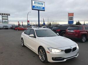 2014 BMW 320 i xDrive wLeather+Sunroof+Navigation $179 bi-weekly