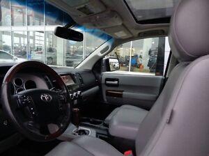 2013 Toyota Sequoia Platinum - 4x4! Sunroof, Navigation, Leather Edmonton Edmonton Area image 17