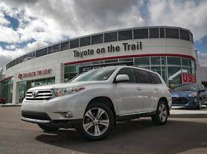 2012 Toyota Highlander Sport, Leather, Heated Seats, Sunroof, Ba