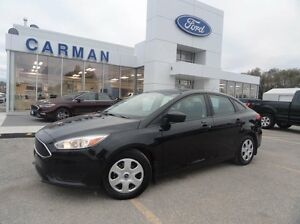 2015 Ford Focus S, Auto, rem. start, b/t, back-up cam.