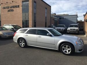 2008 Dodge Magnum SXT. LOW KM! GREAT SHAPE! CLEAN CARPROOF!