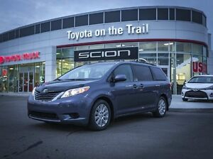 2015 Toyota Sienna LE, AWD, Heated Seats, Touch Screen, Back Up