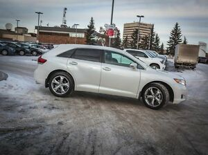 2016 Toyota Venza LE, V6, AWD, Leather, Heated Seats, Touch Scre Edmonton Edmonton Area image 6