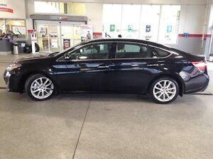 2013 Toyota Avalon Limited Technology Package 4dr Sedan-Only 53K Edmonton Edmonton Area image 4