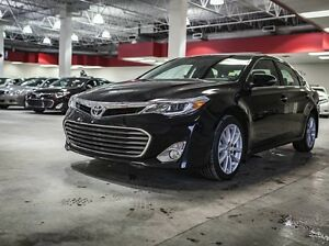 2014 Toyota Avalon Limited, Navigation, Leather, Heated & Cooled