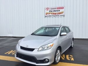 2012 Toyota Matrix S package with 5 year/100,000 km Extended War