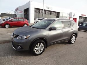 2015 Nissan Rogue SV 4dr Front-wheel Drive