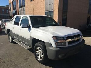 2002 Chevrolet Avalanche 1500 Base 4x4, Crew Cab