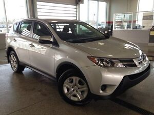 2015 Toyota Rav4 LE AWD - Only 26K! Bluetooth, Pwr L/M/W, Cruise