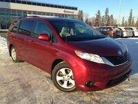 2011 Toyota Sienna LE - 8 Pass, Backup Cam, Full Pwr Options