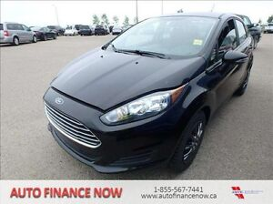 2015 Ford Fiesta SE 4dr Sedan JUST 4696 KMS. FACTORY WARRANTY