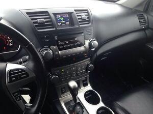 2013 Toyota Highlander Sport Package V6 4dr All-wheel Drive Edmonton Edmonton Area image 13