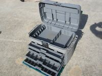 fishing ..Plano Guide Series Tackle Box 4 trays