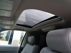 2013 Toyota Sequoia Platinum - 4x4! Sunroof, Navigation, Leather Edmonton Edmonton Area image 8