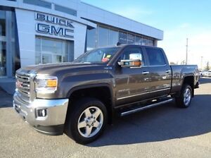 2015 GMC Sierra 2500HD SLT Duramax - 4x4! Diesel, Sunroof, Leath