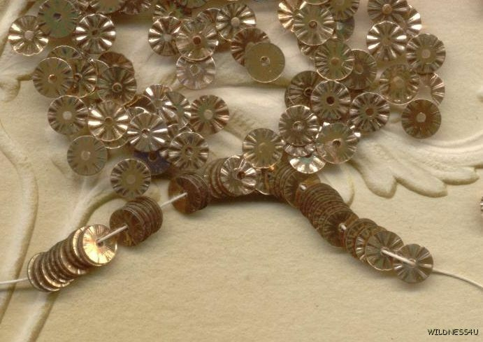 VINTAGE FRENCH SEQUINS Gold pink Copper RUFFLE Indent Metallic Paillette lot 5mm