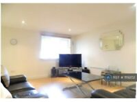 2 bedroom flat in Queensgate House, London, E3 (2 bed) (#1119202)