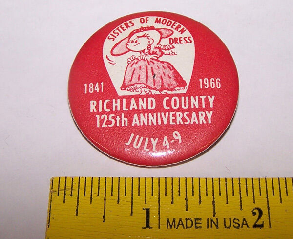 1841-1966 RICHLAND COUNTY Pinback Button - Virginia ? Sisters of Modern Dress
