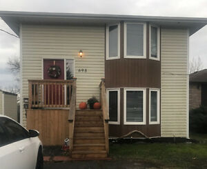 Lrg 3 Bdrm Top Level Semi - All Inclusive - Available March 1st