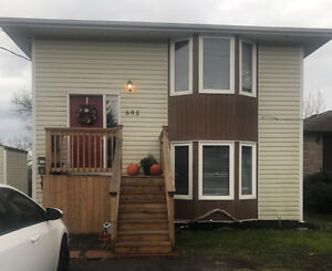 Upper Level 3 Bed Room Duplex $1350 + H&H available March 1st