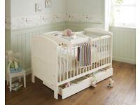 Mamas & Papas Hayworth Cot Bed - Ivory