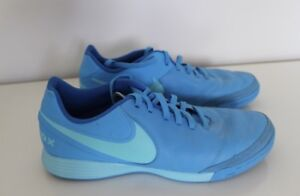 Size 9 blue nike court shoes. Barely worn, In perfect condition