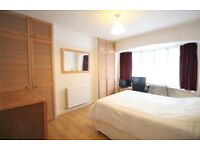 ** ROOM TO RENT ** Close to Finchley High Road