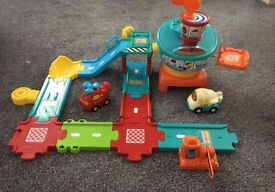 Toot toot helipad, helicopter and plane