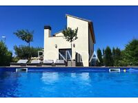 For Rent : Luxury holiday villa with swimming pool & garden Costa Brava Spain
