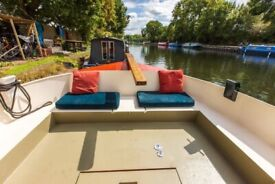 Beautiful Dutch Barge with Transferable Zone 2 Mooring