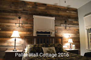20 SQ FT BOX PALLET WOOD SALE ON NOW! ACCENT WALL