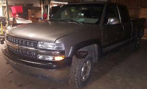 2001 Chevrolet Silverado 1500 LT PARTS TRUCK CHEAP PARTS