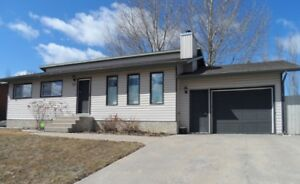 Family friendly home in desired area of Melfort!