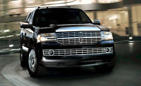Lincoln Navigator SUV 7 psgr limo airport hotels Stampede Banff