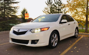 2009 Acura TSX low KM!