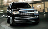 Lincoln Navigator SUV 7 psgr Flames limo airport hotels